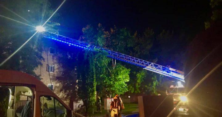 Repentigny : la foudre à l'origine d'un incendie d'un immeuble à condos
