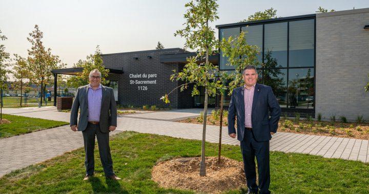 Journée nationale de l'arbre : près de 900 arbres plantés en 2020 à Terrebonne