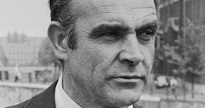 Décès du premier James Bond